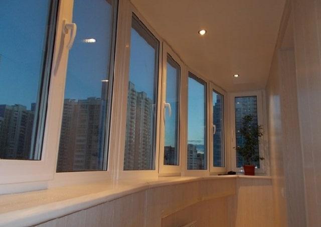 osteklenije-balkonov-Minsk